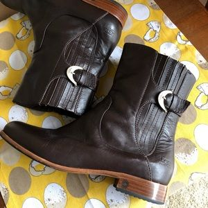 UGG Australia Brown Leather Finnegan Boots sz 8